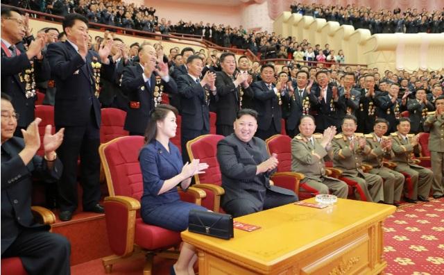 """Chuyên gia: Triều Tiên """"nín thở"""" chờ phản ứng của Nga, TQ - 1"""