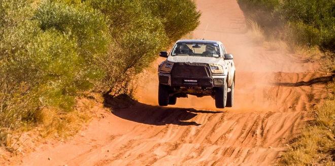 Ford xác nhận sẽ có Ranger Raptor vào năm 2018 - 2