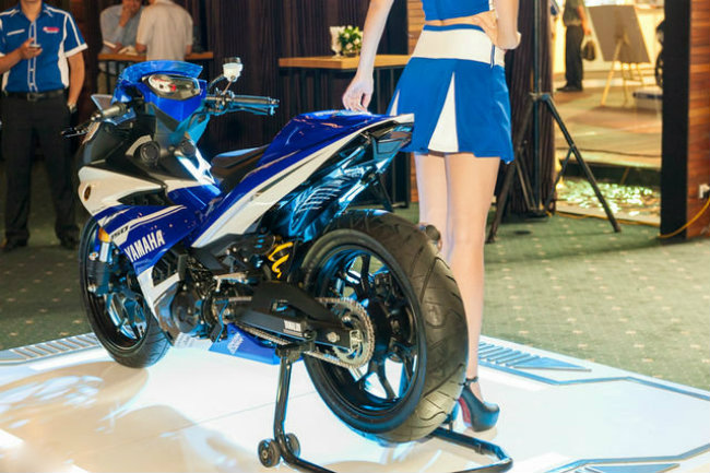 Tại xứ vạn đảo Indonesia Yamaha Exciter 150 còn có tên gọi là Yamaha Jupiter MX 150. Trong một sự kiện trước đây ở Việt Nam, dân chơi Việt đã thể hiện đẳng cấp độ đỉnh cao, biến hóa chiếc xe côn Exciter 150 thành mẫu xe đẹp không khác gì siêu xe Yamaha M1.