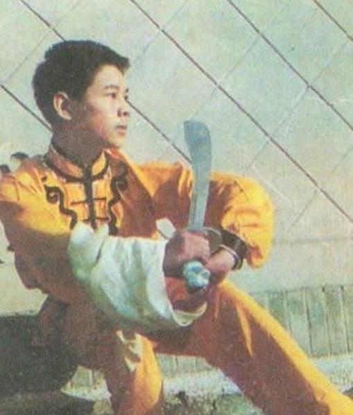 Ảnh hiếm thời niên thiếu của các sao võ thuật Trung Quốc - 6