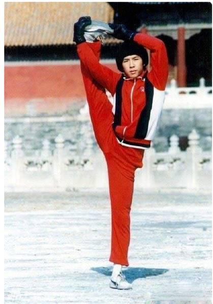 Ảnh hiếm thời niên thiếu của các sao võ thuật Trung Quốc - 9