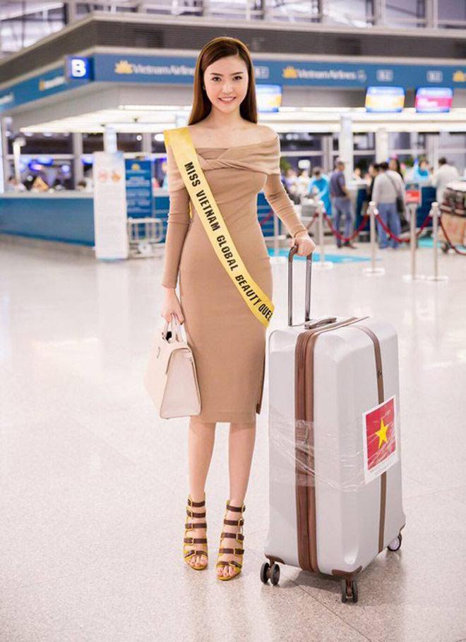 """""""Mỹ nữ Vũng Tàu đi xe 70 tỷ"""" nổi bật với phong cách sân bay sang chảnh - 9"""