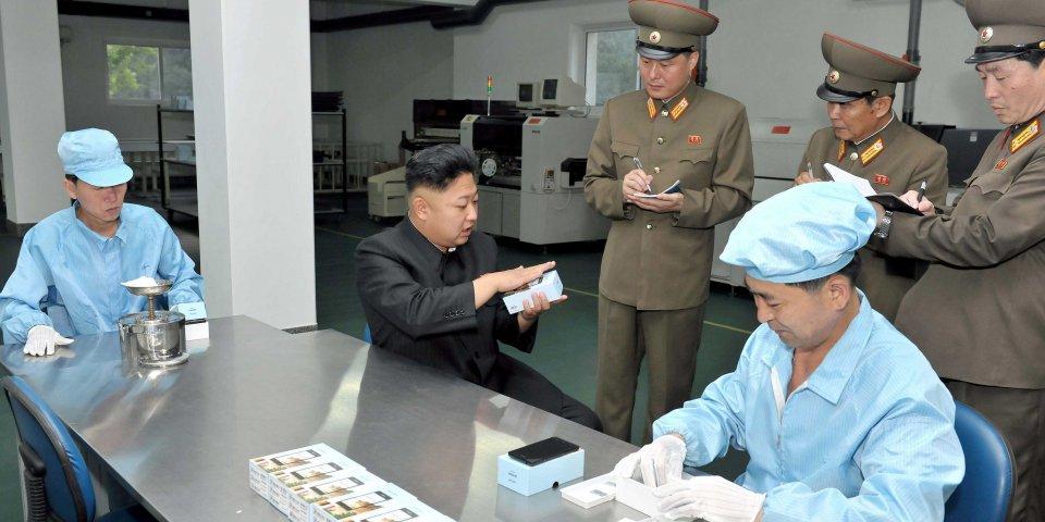 Thả 25 triệu iPhone vào Triều Tiên để... giải quyết vấn đề hạt nhân? - 2