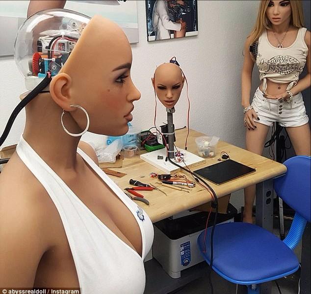 Robot tình dục có thể được dùng để giết chính chủ nhân - 1