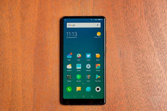 Xiaomi đã ra mắt Mi MIX 2 tại Trung Quốc, với thiết kế viền màn hình mỏng hơn nhiều so với thế hệ tiền nhiệm.