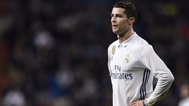 Ronaldo đòi trở lại Anh, Bale lộ lý do khước từ 90 triệu bảng của MU - 1