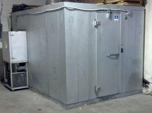 Mở tủ đông ở khách sạn, bà mẹ Mỹ kinh hoàng phát hiện xác con gái - 1