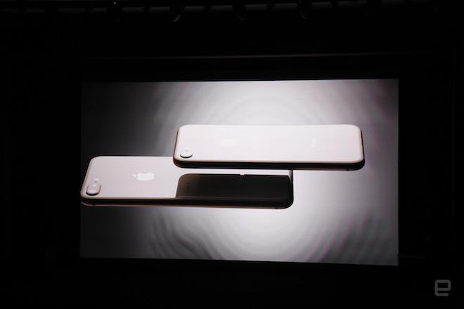 Ra mắt iPhone X siêu đẹp, tương lai của smartphone - 37