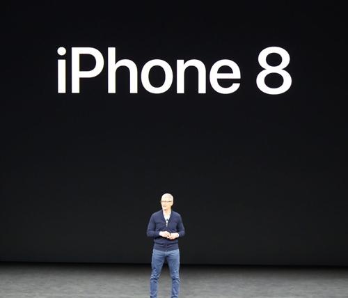 iPhone 8 và 8 Plus trình làng, nhanh hơn, chụp đẹp hơn - 1