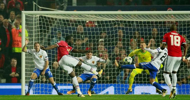 """MU đại thắng Basel: Song tấu """"thiết đầu công"""", nổ tung Old Trafford - 1"""
