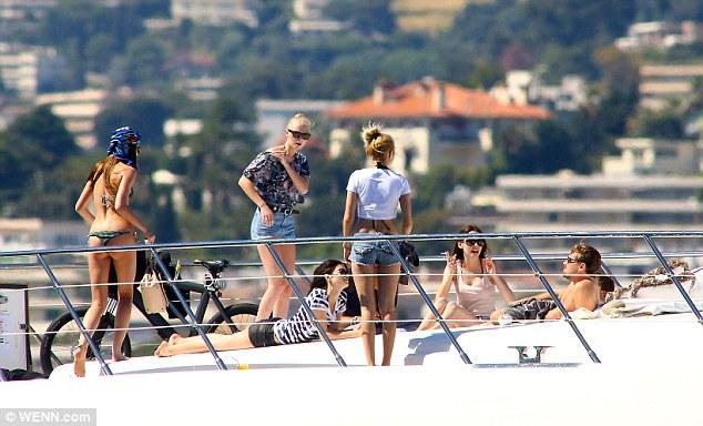 Muôn vàn lý do khiến dàn bạn gái cũ không ghét nổi Leonardo DiCaprio - 4