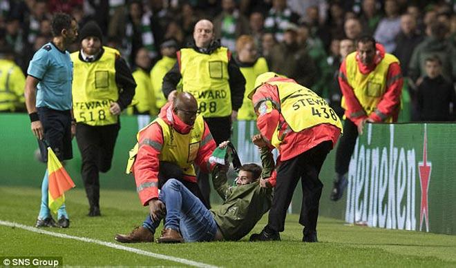 """PSG bùng nổ: Neymar cư xử phũ, SAO Celtic """"không thèm chấp"""" - 8"""