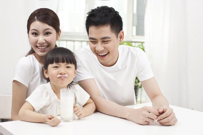 Hai bà mẹ Nam – Bắc chia sẻ cách nuôi con năng động, hiện đại - 2