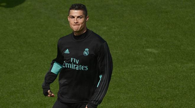 """Real Madrid - APOEL Nicosia: Chờ Ronaldo """"hô phong hoán vũ"""" - 2"""