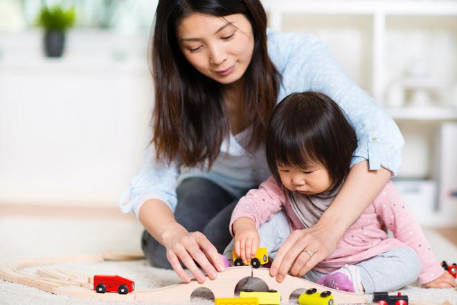 Hai bà mẹ Nam – Bắc chia sẻ cách nuôi con năng động, hiện đại - 1