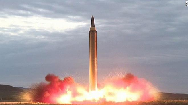 """Triều Tiên sẽ ra sao sau lệnh phạt """"đánh"""" vào yếu huyệt? - 3"""