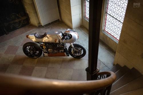 Hector Ducati Hypermotard 796: Đỉnh cao của nghề thủ công - 5