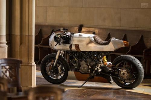 Hector Ducati Hypermotard 796: Đỉnh cao của nghề thủ công - 4