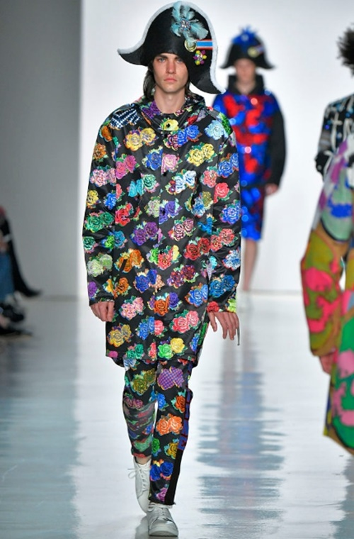 """Tuần lễ thời trang New York và những bộ đồ """"hại não"""" bậc nhất - 10"""