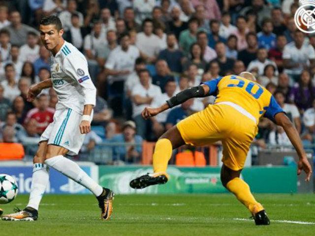Ronaldo chói sáng ngày trở lại, cứu rỗi Real Madrid - 14