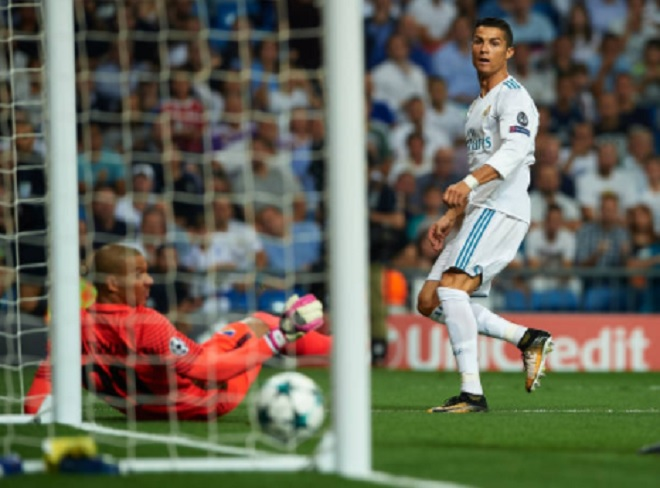 Ronaldo chói sáng ngày trở lại, cứu rỗi Real Madrid - 5