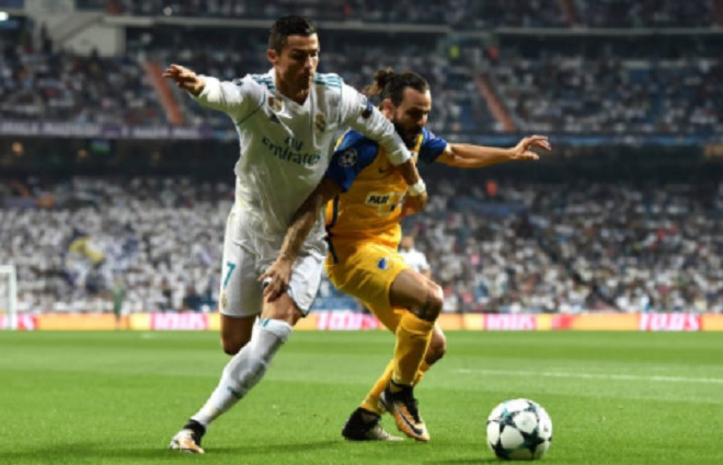 Ronaldo chói sáng ngày trở lại, cứu rỗi Real Madrid - 7