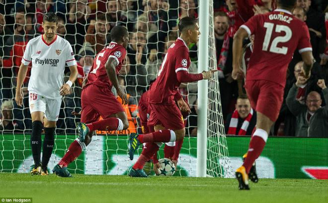 Siêu tiền đạo Champions League rực sáng: Ronaldo hòa nhịp Kane, Aguero - 3