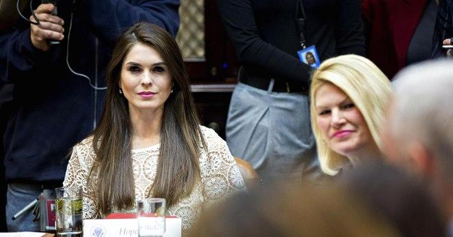 Ông Trump bổ nhiệm giám đốc truyền thông xinh đẹp 28 tuổi - 4