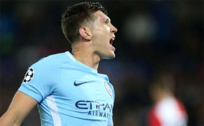 Tiêu điểm mở màn Cúp C1: Messi, Ronaldo cũng thua... hậu vệ Man City - 2