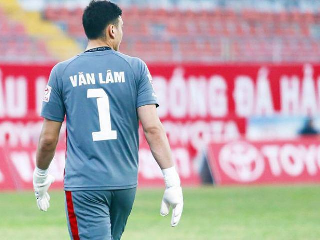 Những cú kungfu rợn người: Từ SAO ngoại hạng Anh tới cầu thủ U18 Việt Nam - 5