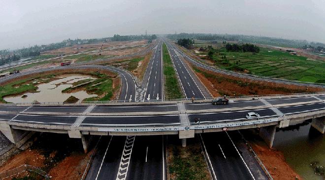 Bất động sản Long An lên ngôi nhờ cú hích hạ tầng giao thông - 1
