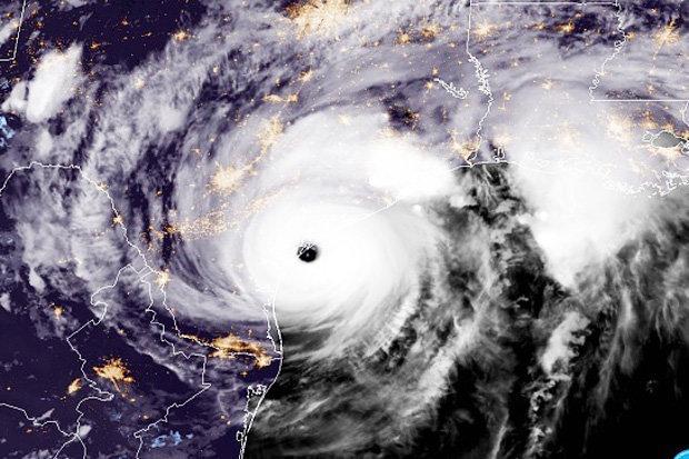 Sức mạnh của bão số 10 so với siêu bão Harvey như thế nào? - 2