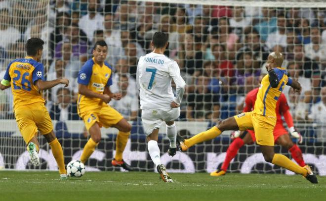Ronaldo xem thường Barca – Messi: Cúp C1 là của riêng Real - 1