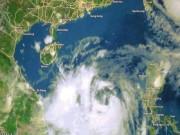 Tin tức trong ngày - CẬP NHẬT bão số 10: Bão tiến sát Hà Tĩnh-Quảng Bình, tiếp tục mạnh thêm