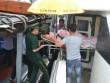 Thai phụ vượt bão số 10 từ đảo Lý Sơn vào đất liền sinh nở