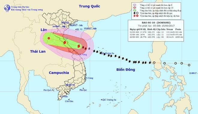 Bản tin thời tiết 7h30: Bão số 10 sắp đổ bộ đất liền, miền Trung đang mưa như trút nước - 1