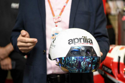 Aprilia tung mũ bảo hiểm thực tế ảo siêu tối tân - 1