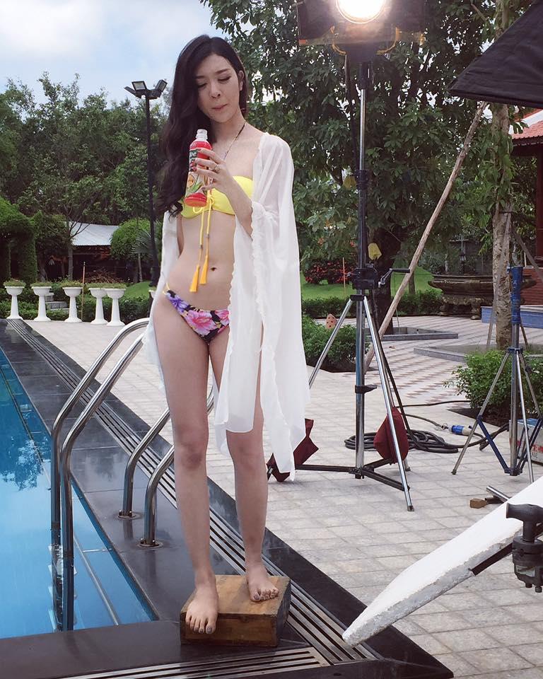 """Ảnh bikini """"rát mắt"""" của 2 mỹ nữ nuột nà thi Hoa hậu Hoàn vũ - 5"""