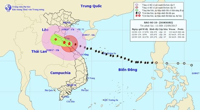 Bản tin thời tiết 13h: Bão số 10 hoành hành Hà Tĩnh-Quảng Trị, sóng cao hơn 10 mét - 1