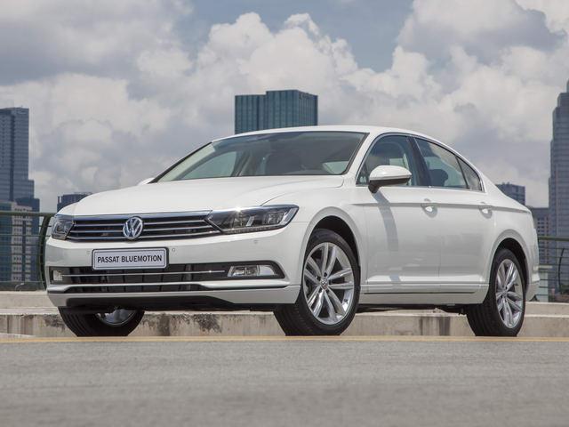 Volkswagen Passat BlueMotion giá 1,450 tỷ đồng ở Việt Nam - 1