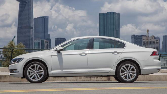 Volkswagen Passat BlueMotion giá 1,450 tỷ đồng ở Việt Nam - 2