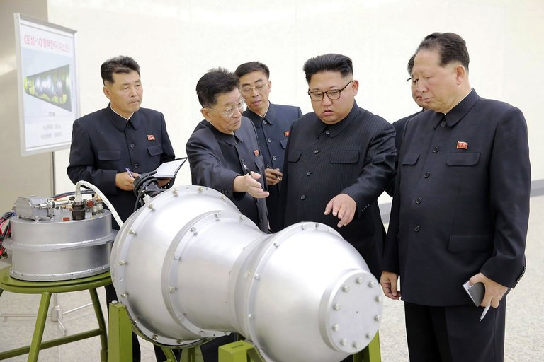 Tổng thống HQ gửi cảnh báo lạnh người đến Triều Tiên - 2