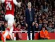 "Arsenal đá Europa League: Triệu fan MU mỉa mai ""ngụy quân tử"" Wenger"