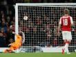 """Đừng trách thủ môn Việt Nam: Sao Arsenal còn mắc lỗi """"khó đỡ"""""""