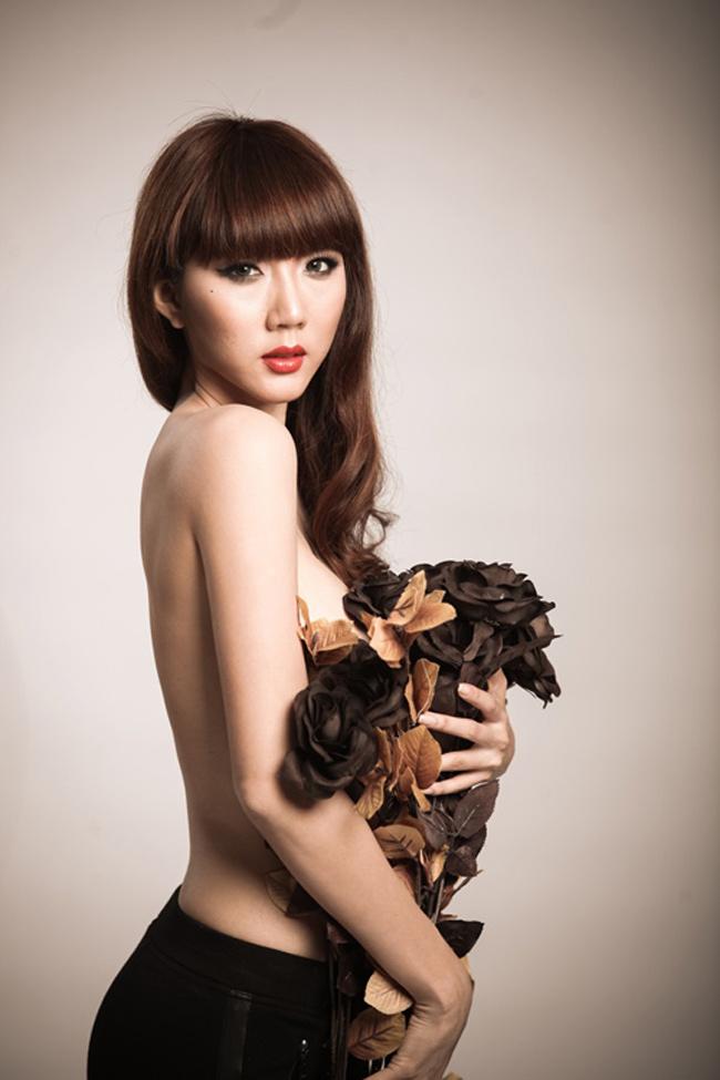 Sau bộ ảnh nude ở Mộc Châu, Ngọc Quyên không thực hiện thêm bộ hình khỏa thân vì môi trường nào khác.