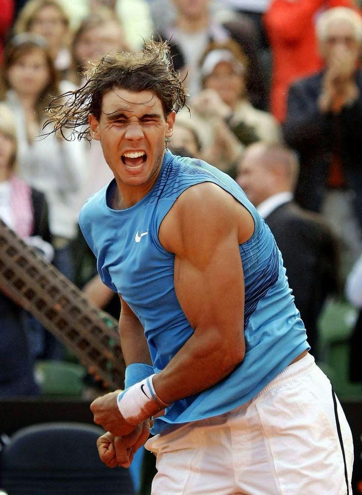 """""""Bò tót làng banh nỉ"""" Nadal lực lưỡng vượt xa Roger Federer - 8"""