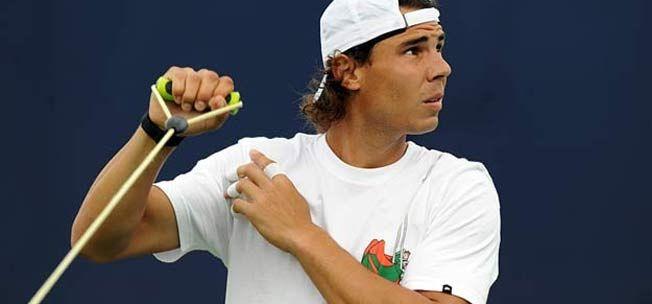 """""""Bò tót làng banh nỉ"""" Nadal lực lưỡng vượt xa Roger Federer - 5"""
