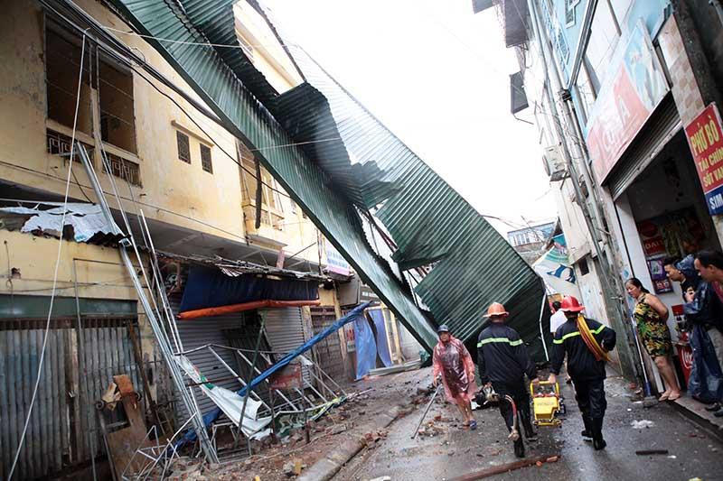 Những cơn bão khủng khiếp nhất đổ bộ vào Việt Nam trong 10 năm qua - 1