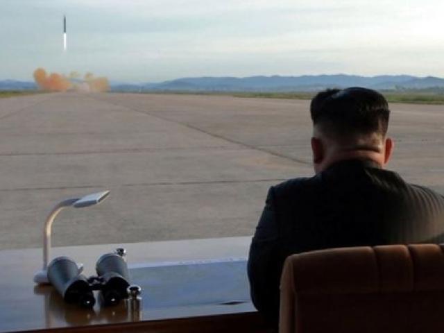 """Triều Tiên muốn có lực lượng quân sự """"ngang bằng Mỹ"""""""