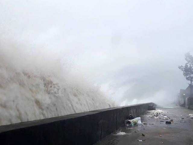 Thông tin mới nhất về những thiệt hại nặng nề do bão số 10
